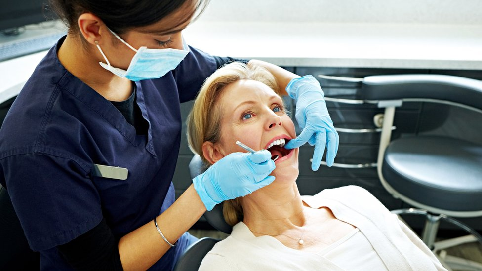Maximizing the Use and Effectiveness of Teeth Whitening Treatment