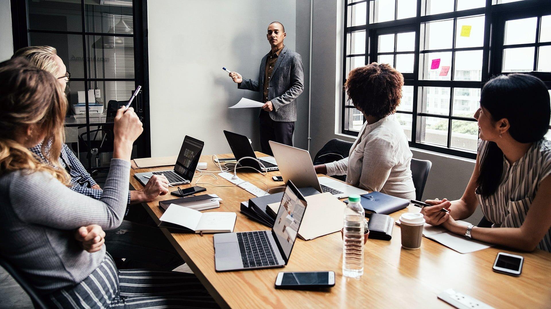 Importance of business leadership skills